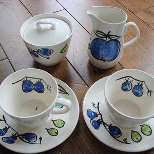 Vintage Vera Neumann Creamer Sugar Teacups Saucers